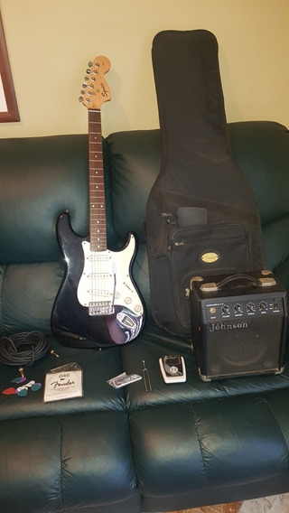 Guitarra Electrica Squier Fender Con Accesorios.