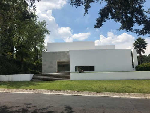 Impecable Y Moderna Residencia Hacienda Vallescondido