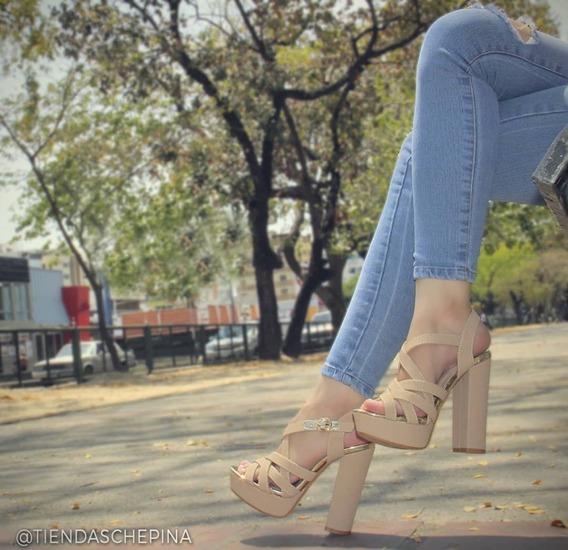 Zapatos De Tacón Con Plataforma Forever, Negro Y Beige.