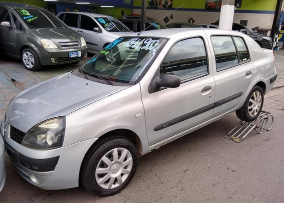 Renault Clio Sedan 1.6 2004 - Completo - R$ 11.900,00