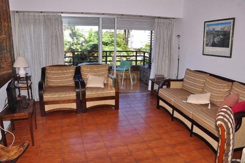 Apartamento En Mansa, 2 Dormitorios  - Ref: 3876