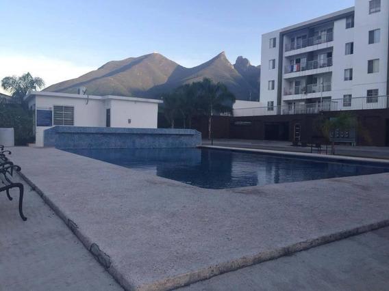 Habitación En Departamento Compartido En Villas Tec - Zona Tec