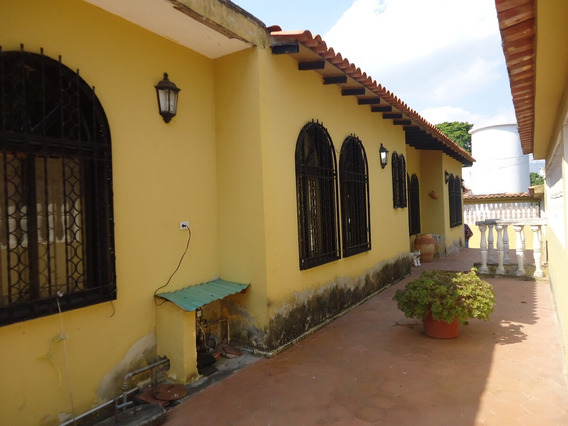 Casa Urbanización Sant Omero Los Teques