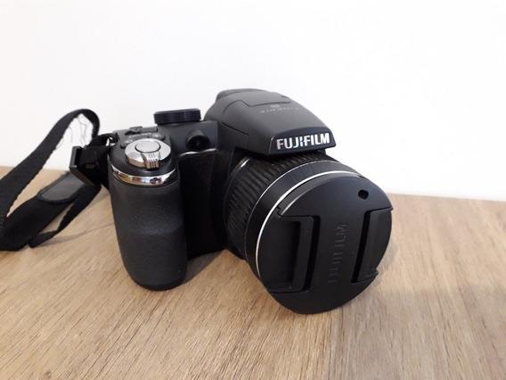 Câmera Fujifilm Semiprofissional Finepix S4000