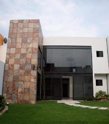 Venta Casa 5 Condominio Chico Con Alberca Y Seguridad Sumiya