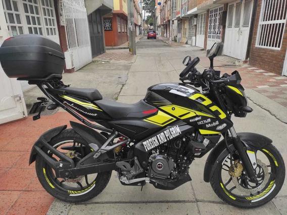 Moto Pulsar Ns 200 Modelo 2020 Solo 2000 Kms De Recorrido