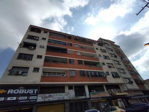 Imagen 1 de 14 de Vendo Apartamento En Avenida Miranda De Maracay