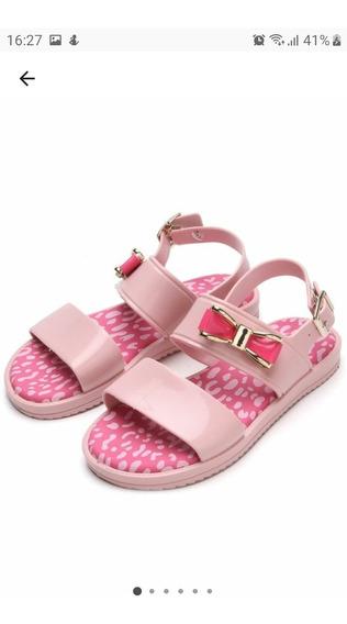 Sandálias Pimpolho
