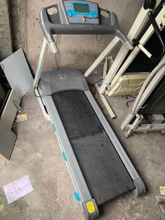 Esteira Caloi Cle 50 - Possui Inclinação Automática