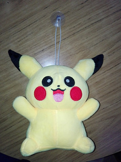 Peluche Pikachu Con Sopapa