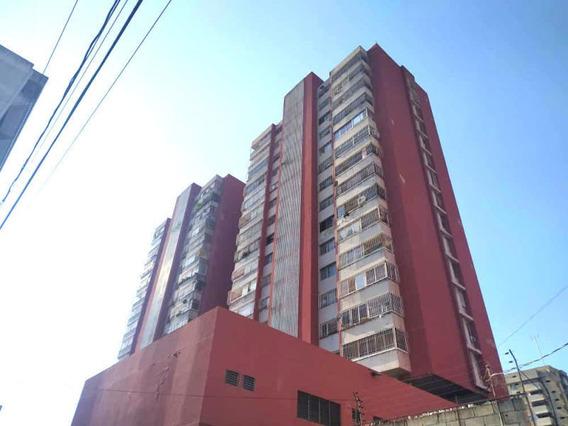 Oficina En Venta Centro Barquisimeto Lara 20-12417