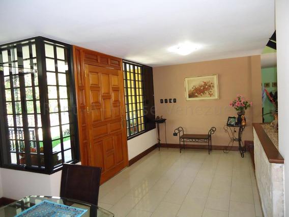 Casas En Venta El Marques Mls #20-8580 Mj
