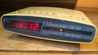 Radio Despertador De Los Años 80 Estilo Pop Fm Y Am