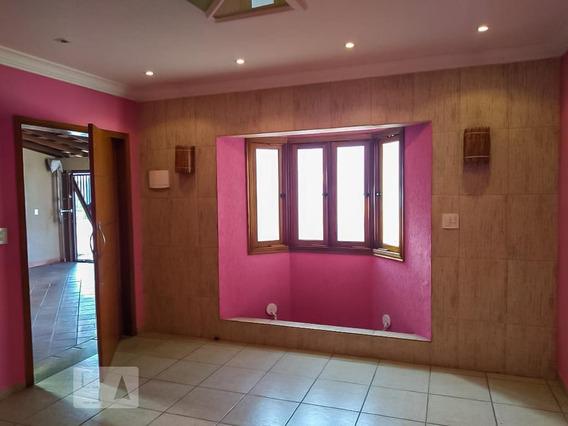 Casa Para Aluguel - Vila Yolanda, 3 Quartos, 260 - 893120520