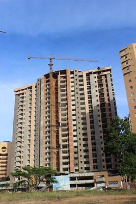 Apartamento Nuevo, Urb La Trigaleña, Valencia.