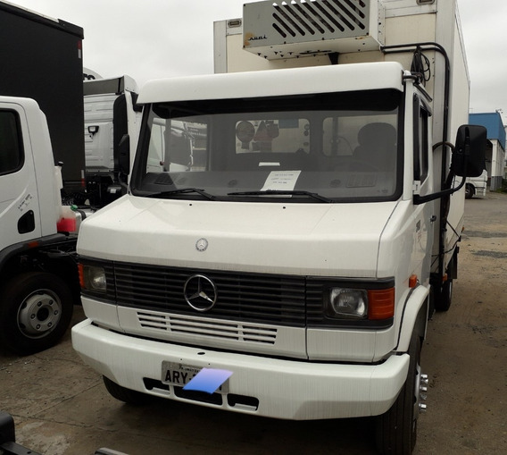 Mb 710 4x2 2009 Chassi 30.000,00 Entrada Restante 48x