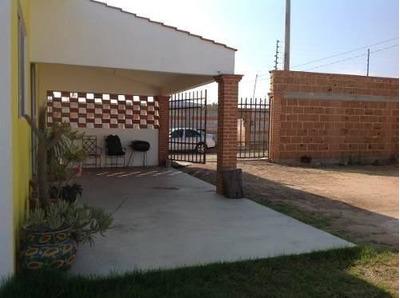 Casita De Campo Con Amplio Terreno Y Bungalo Independiente
