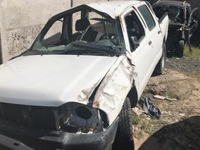 Nissan Terrano Cab 2.4 2014 En Desarme