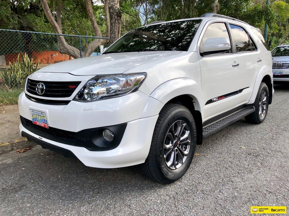 Toyota Fortuner Sportivo Trd