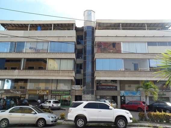 Local En Alquiler En Lecheria. Centro C. G