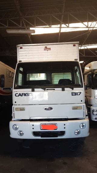 Ford Cargo 1317 2004