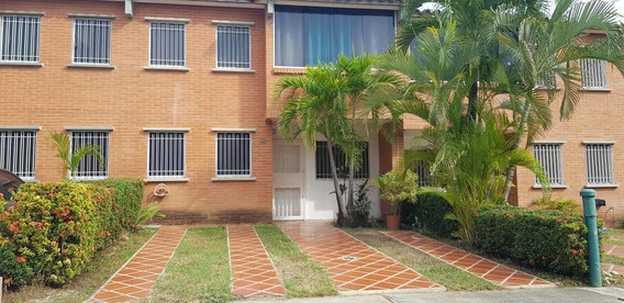 Se Vende Bello Townhouse Enterrazas De Buenaventura