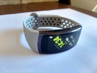 Relógio Smartwatch Samsung Gear Fit 2 Sm-r360 Com Pulseiras