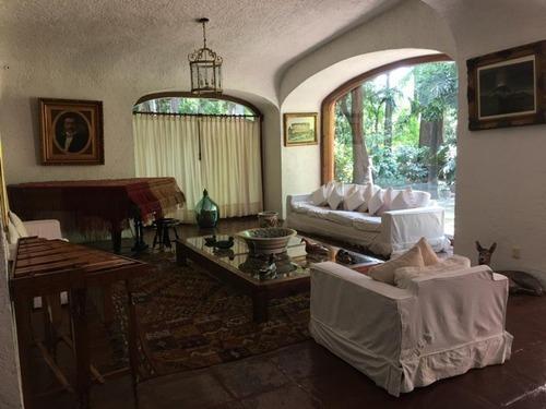 Casa En Fraccionamiento En Pedregal De Las Fuentes / Jiutepec - Ham-424-cs