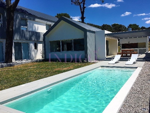 Alquiler En Pinar Del Faro, Jose Ignacio 5 Dormitorios.- Ref: 336