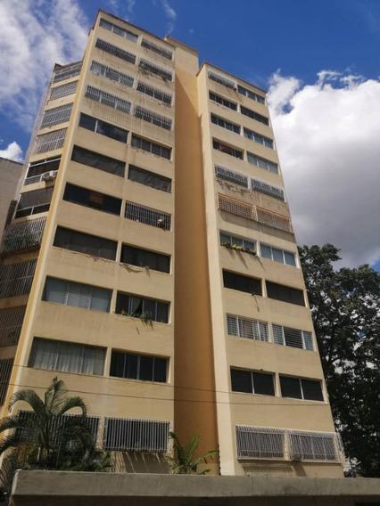 Apartamento En Alquiler En Los Palos Grandes
