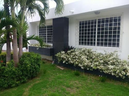 Casas En Arriendo El Poblado 930-325