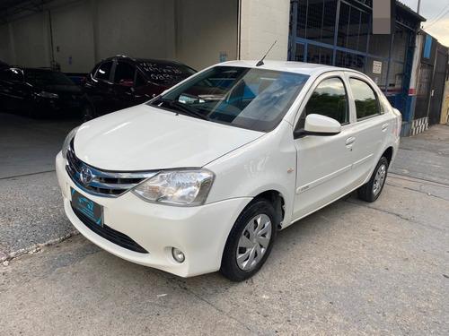 Toyota Etios Sedan X 1.5 16v 4p - 2016-2017