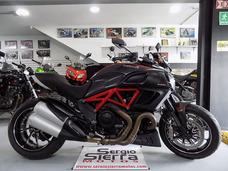 Ducati Diavel Roja 2013