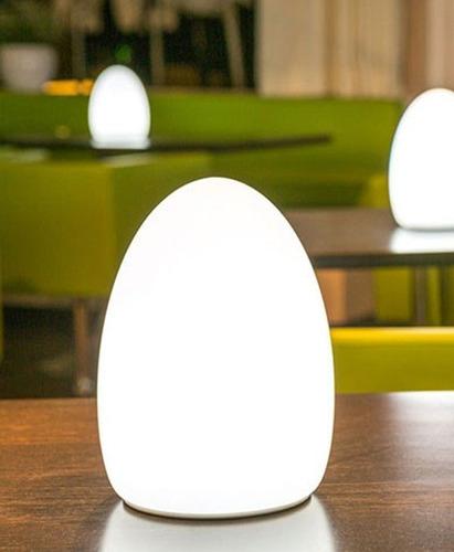 Imagen 1 de 5 de Egg Lámpara Led Bluetooth De Interior Y Exterior