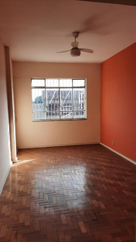 Apartamento Para Venda Em Volta Redonda, Jardim Europa, 2 Dormitórios, 1 Banheiro, 1 Vaga - 124_2-738125