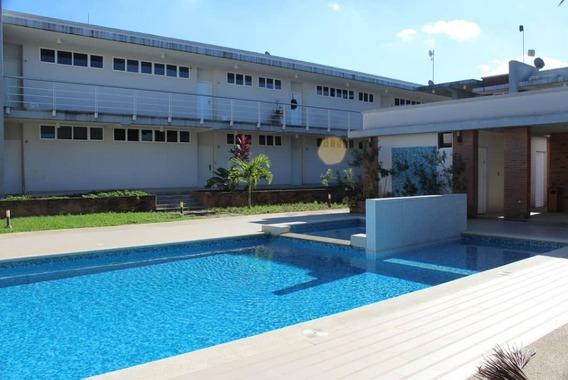 Se Vende Apartamento En San Miguel, Edificio Chaguaramos