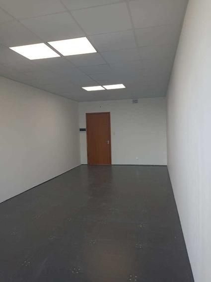 Oficina 40 M2 En Alquiler. Acceso Oeste Km17 Vilanova Office