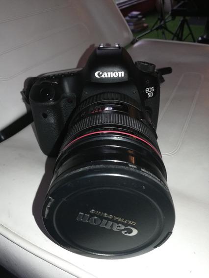 Cámara Canon 5d Mark Iii /dos Baterías Y Lente 50/ 1200 Usd
