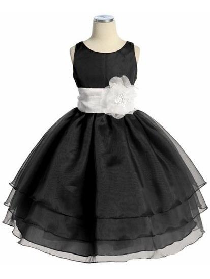 Hermoso Vestido De Fiesta Para La Princesa De La Casa