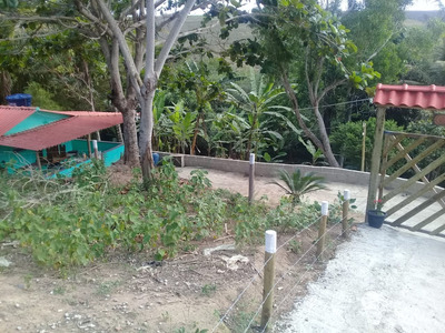 Sitio 900 M2, Com Casa, Em Marataizes/es