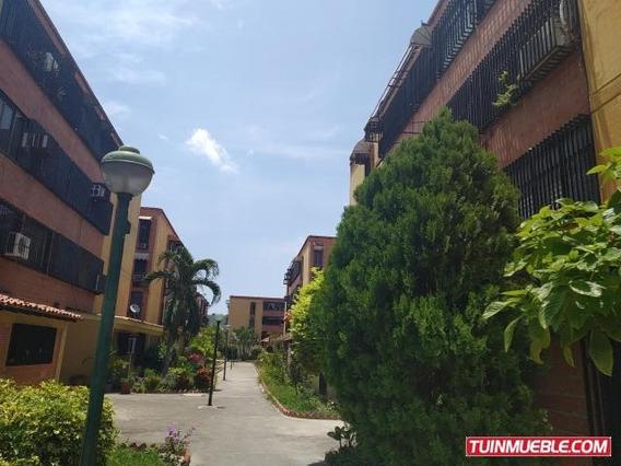 Apartamento En Venta En Urb Los Chaguaramos 19-9684 Mv