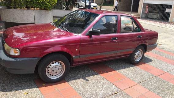 Nissan Sentra Motor 1.6 1995 Vinotinto 4 Puertas