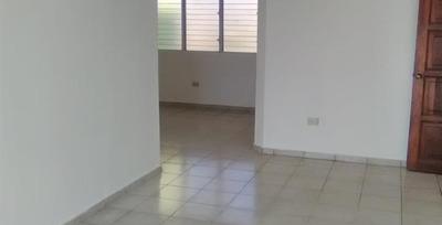 Apartamento De 144 Mts2 En Villa Panamericana, Boca Chica