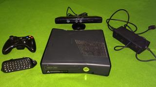 Consola Xbox 360 Slim 250gb + Kinect + Teclado + Joystick