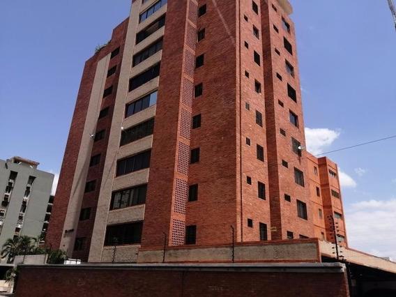 Verónica Ch. Vende Apartamento Tierra Negra Maracaibo