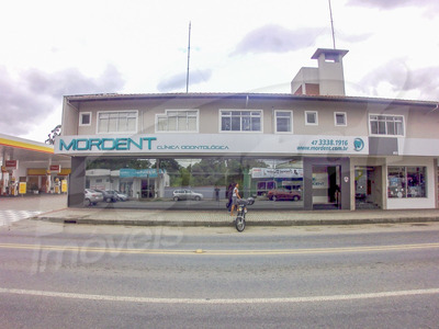 Sala Comercial Superior De 35m², Ótima Localização, Baixo Custo De Condomínio, Vagas De Estacionamento E 01 Banheiro. - 3571168
