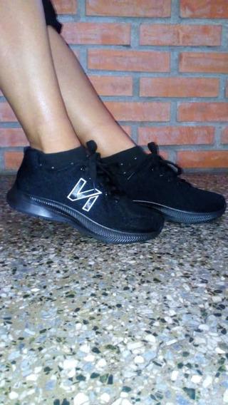Zapato Deportivo Unisex Negros 39 Al 41 Nuevos