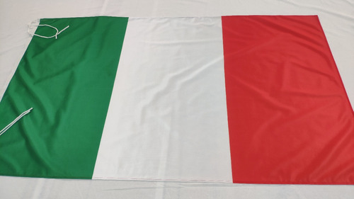 Bandera De Italia 90 X 60 Cm Hacemos De Todos Los Países