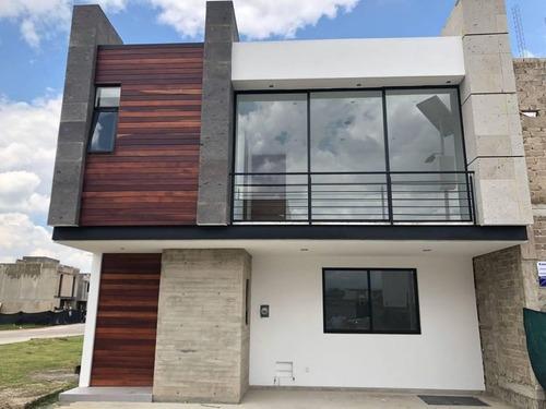 Estrene Residencia En Solares En Coto Con Roof Garden En Guadalajara