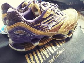 Mizuno Wave Prophecy 5 - Golden Runners - Dourado/roxo